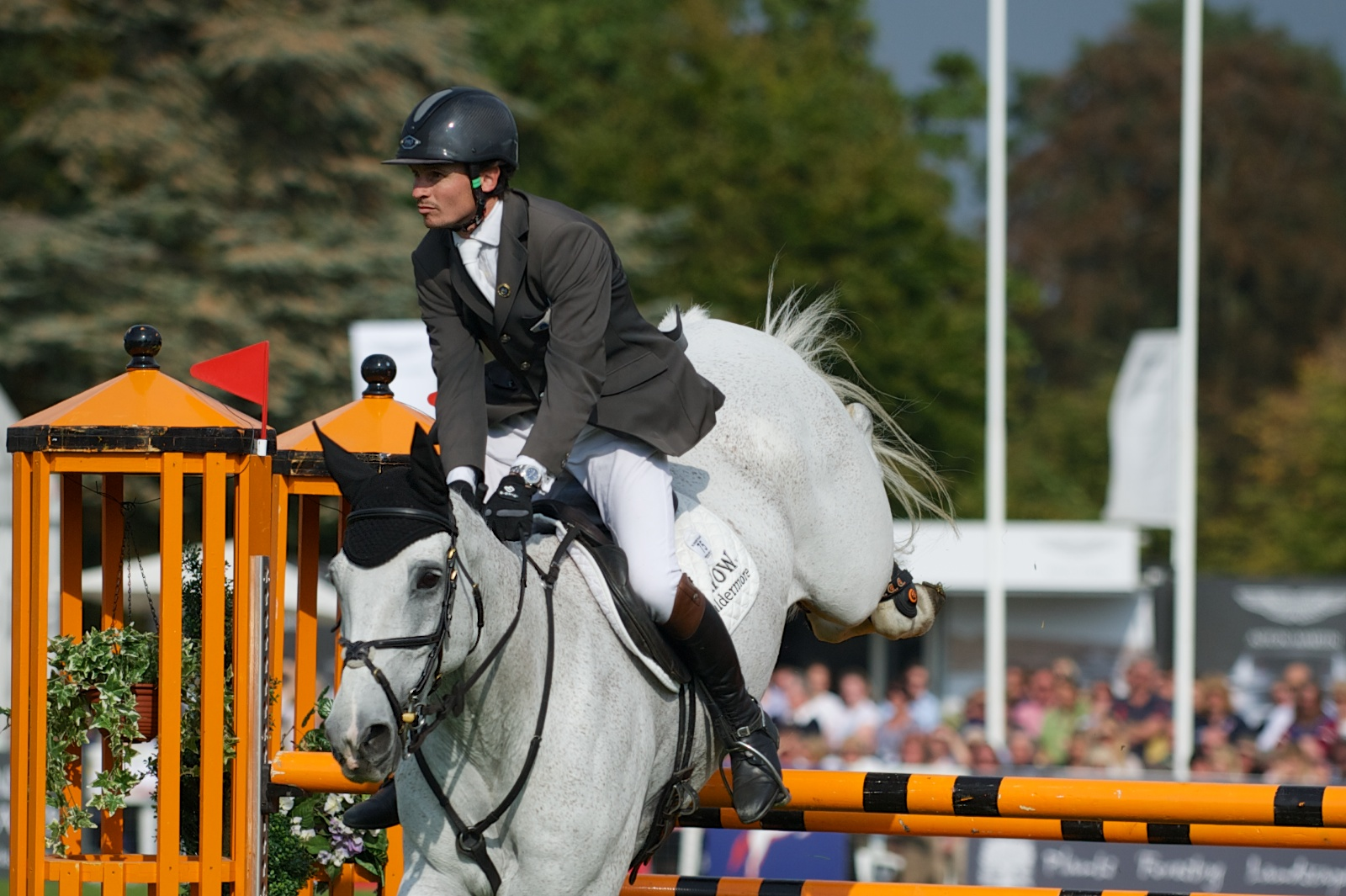 Francis Whittington Rides Easy Target To Win His First CCI*** Win At Blenheim International Horse Trials