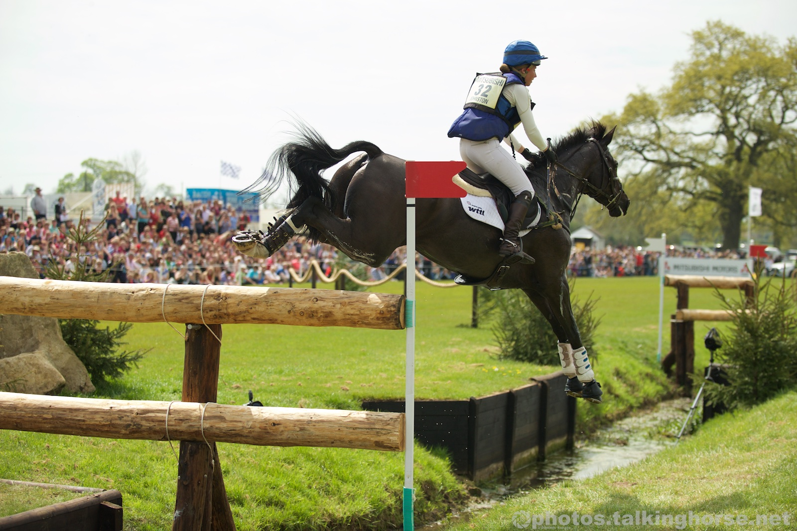 Kirsty Johnston & Opposition Detective Jump The Notorious Vicarage Vee At Badminton Horse Trials 2016